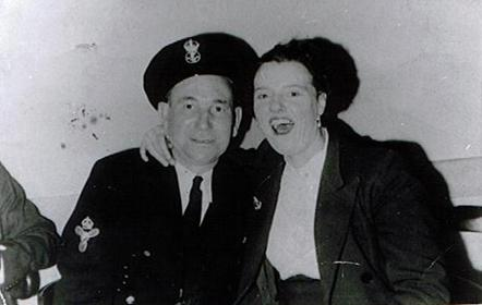 Mam and Dad March 1954.jpg